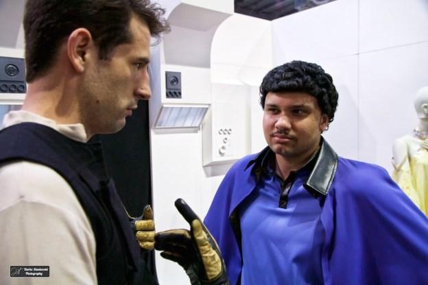 Johnnypen et Jaden Fury reconstituent la rencontre entre Han and Lando à Geekopolis dans le décor de la French Rebel Legion (D.Stankovski)
