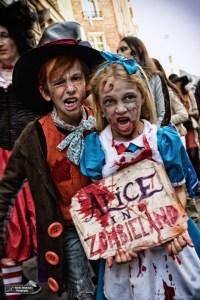 Alice et le Chapelier in ZombieLand à la Zombie Walk Paris 2015 (D.Stankovski)