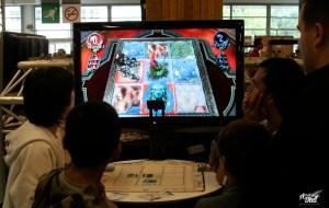 Eye of the Judgment est un nouveau jeu de cartes à collectionner où les combats sont résolus par la PS 3 (D.Stankovski)