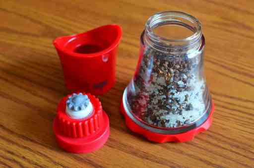 Sichuan Roasted Pepper Salt | DadCooksDinner.com