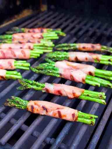 Grilled Asparagus and Prosciutto Wraps   DadCooksDinner.com