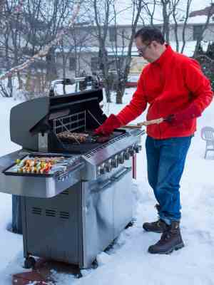 wpid6983-Grilled-Pork-Tenderloin-Skewers-with-Sweet-Thai-Chili-Dipping-Sauce-7496.jpg