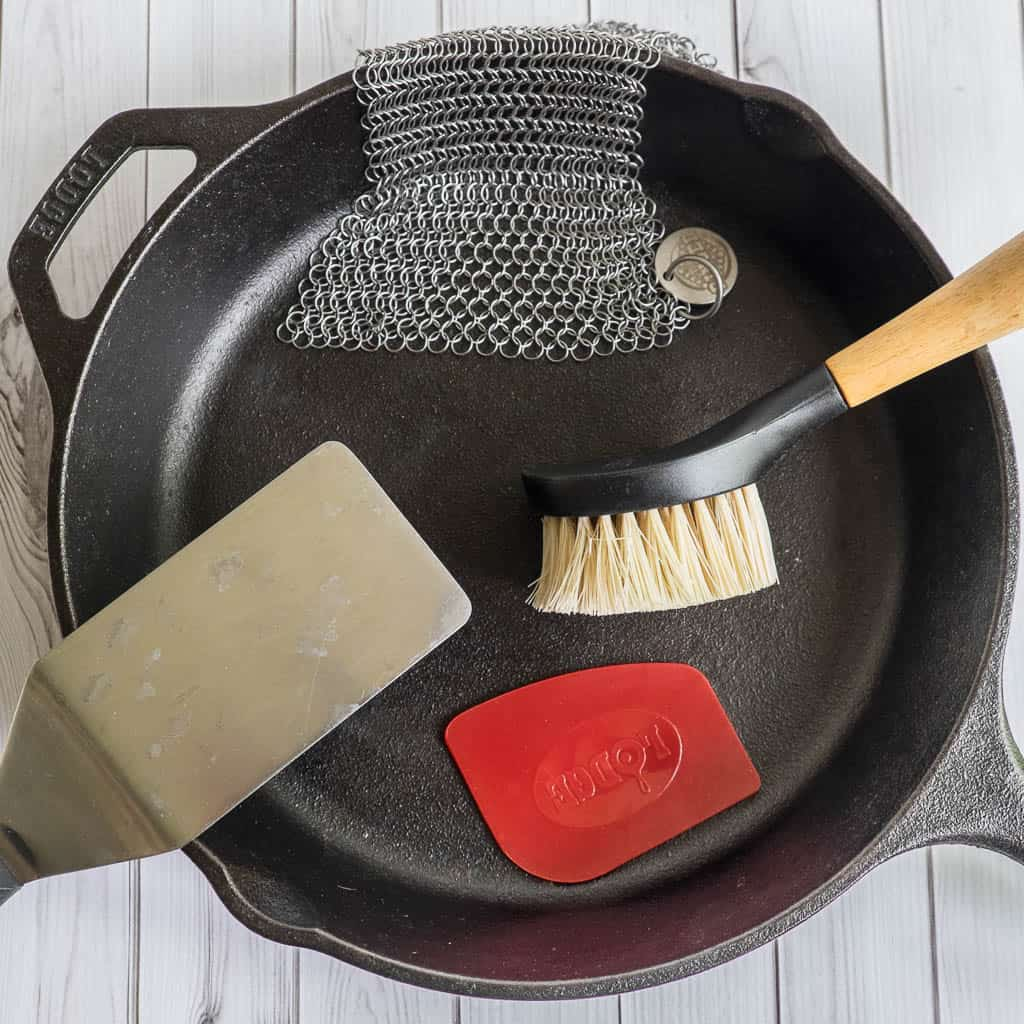 how to clean lagostina cast iron