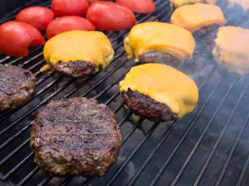 Grilled Cheeseburgers (Grilling Basics) | DadCooksDInner.com