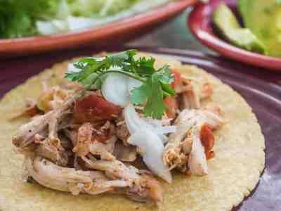 Pressure Cooker Chicken Tacos (Tingas de Pollo) | DadCooksDinner.com