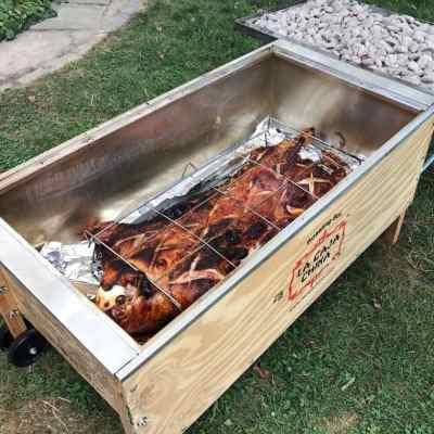 La Caja China Pig Roast | DadCooksDinner.com