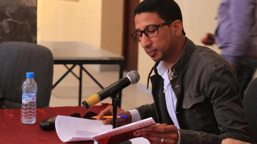 """ورزازات: توقيع كتاب إسماعيل الوعرابي على هامش فعاليات اليوم الثاني لمهرجان""""أماناي"""""""
