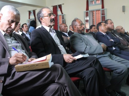 رؤساء جماعات ومنتخبين بإقليم ورزازات يسعون إلى إقناع أمسكان للعودة إلى » معترك السياسة»