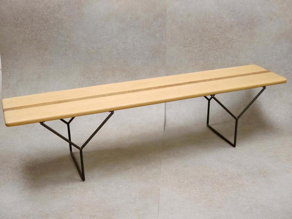 Banqueta Yves estructuta hierro barnizado con asiento de madera roble y detalle en nogal 160x40cm