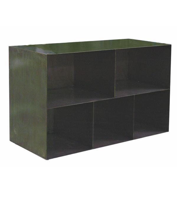 Mueble estantería en plancha de hierro a medida