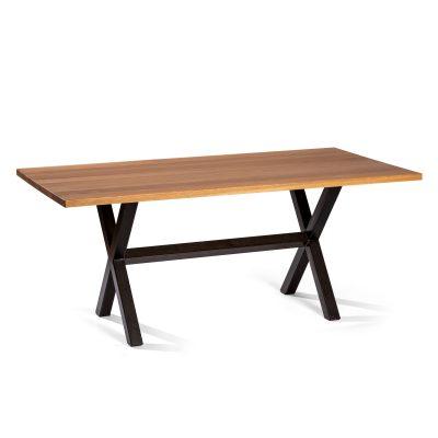 Mesa en forma de cruz de hierro con sobre de madera de roble