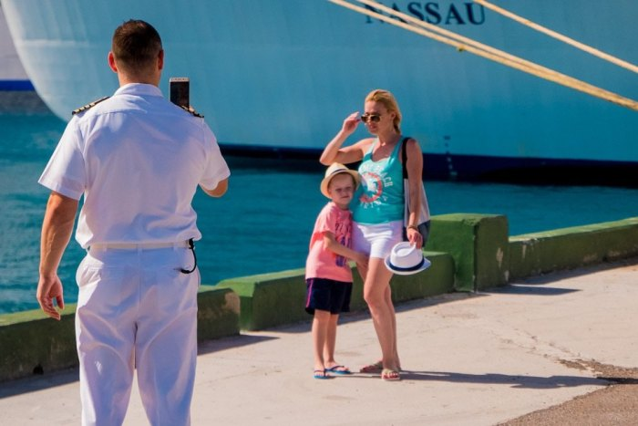 6 Ways Family Travel Can Make Your Children Better Adults