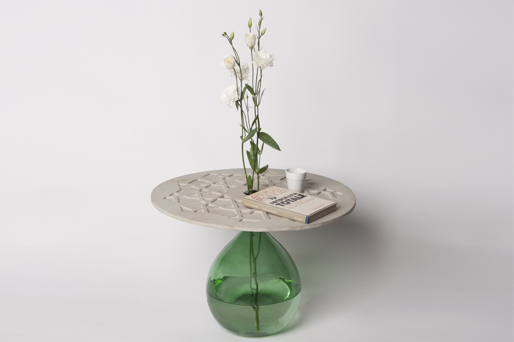 Nodo Concrete Side Table Image