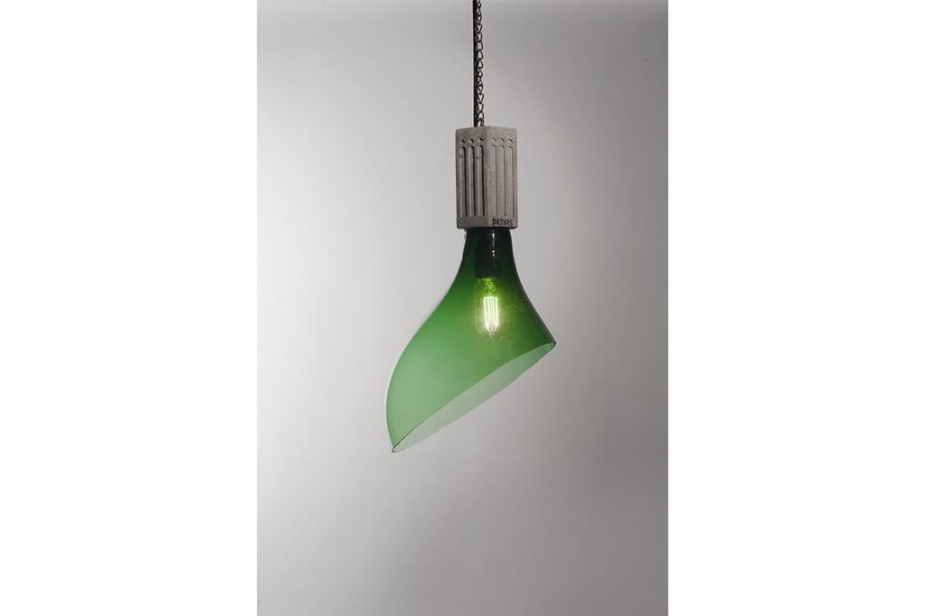 Sequence Oblique Pending Concrete Lamp Detail Image
