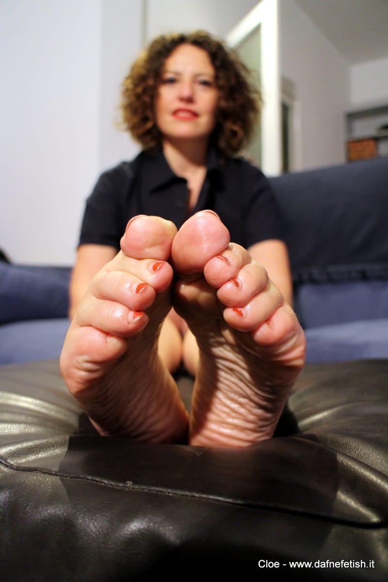 Italian foot fetish-1883