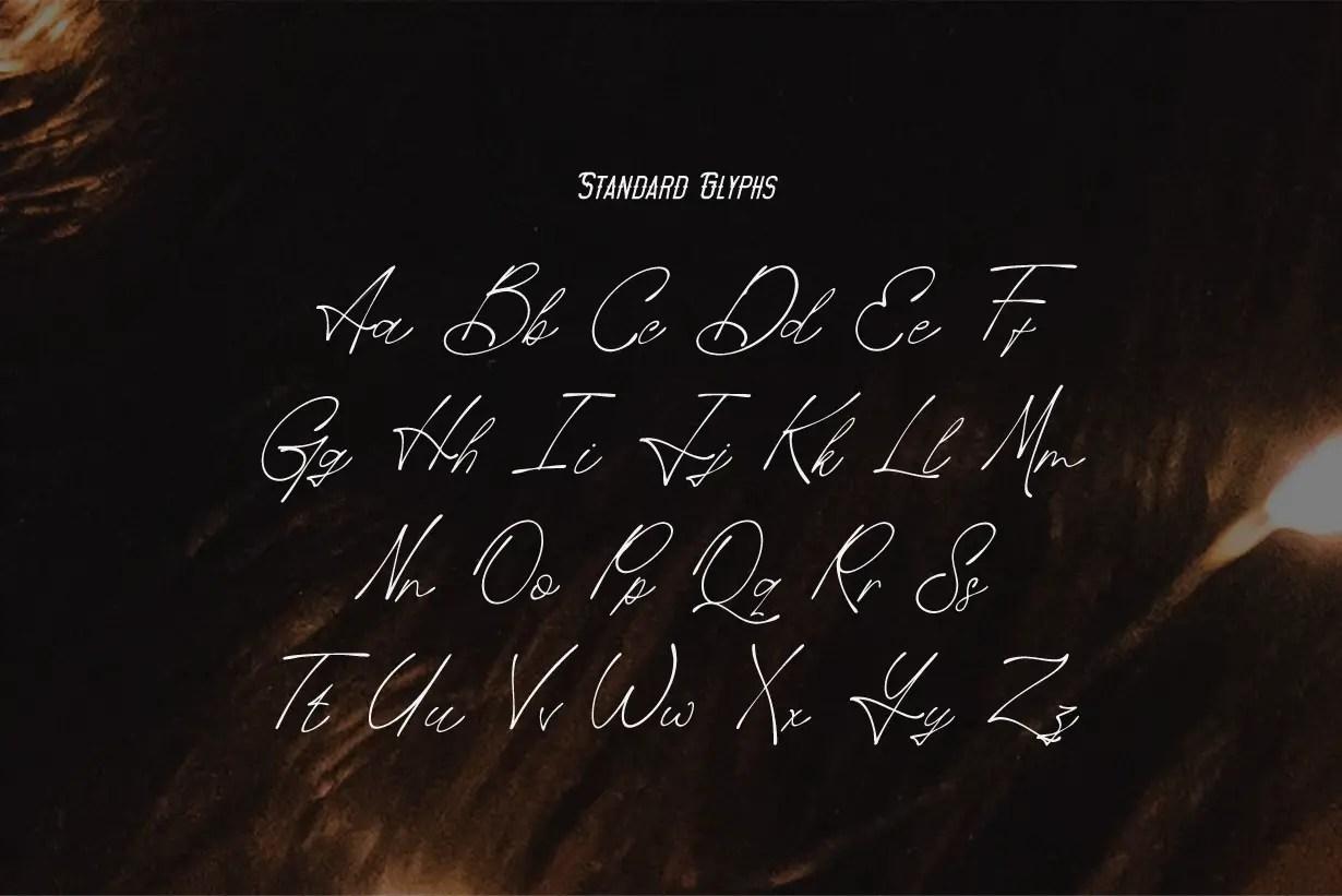 Rosanthie Signature Script Font