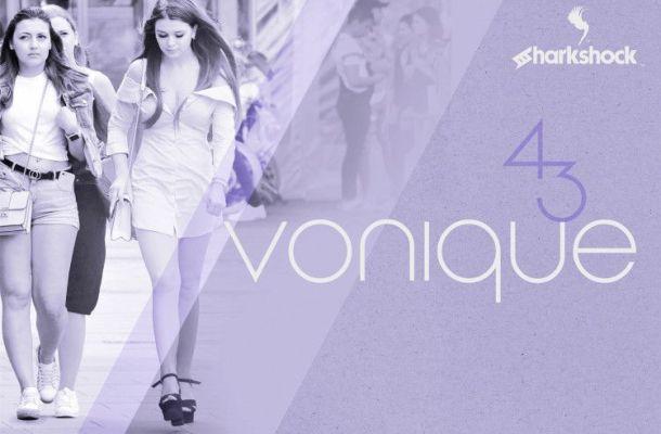 Vonique 43 Typeface