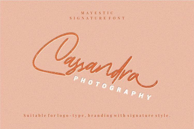 Mayestica Signature Font-2