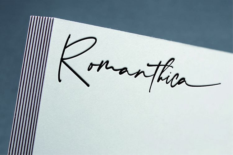 romanthica-font-2