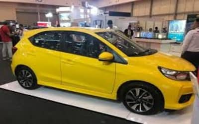 Saat ini sales masih kosong jadi harga yang kami tampilkan merupakan taksiran yang mengacu pada. Harga Honda Brio 2021 Dan Spesifikasi Lengkapnya - Daftar Net