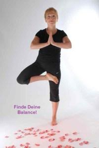 Der Baum - trainiert das Gleichgewicht und unterstützt uns, Körper und und Geist auszubalancieren