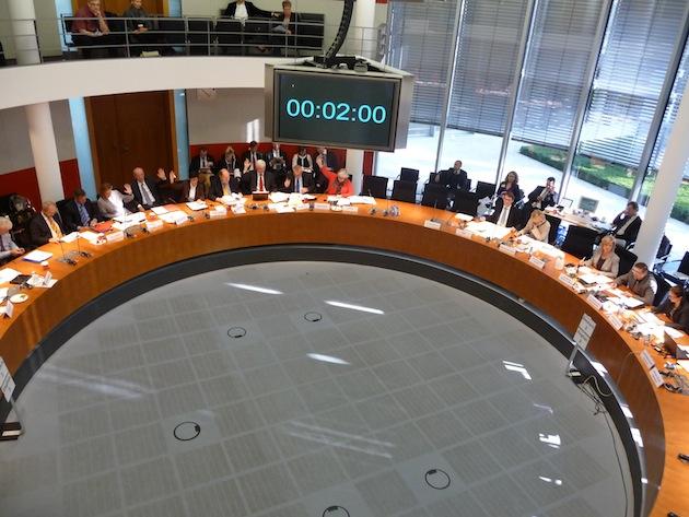 dagmar-woehrl-woche-in-berlin-ausschuss-sitzungssaal