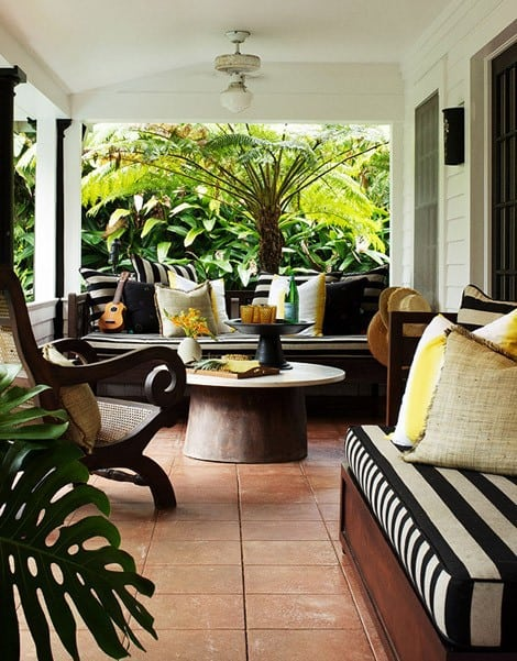 My Dream Home: 10 Porch Decorating Ideas for Every Style on Black And White Backyard Decor  id=36895