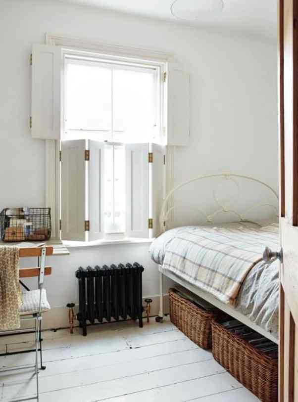 country cottage decor bedroom