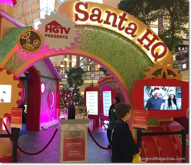 HGTV's SantaHQ at Danbury Fair Mall, CT, DagmarBleasdale.com