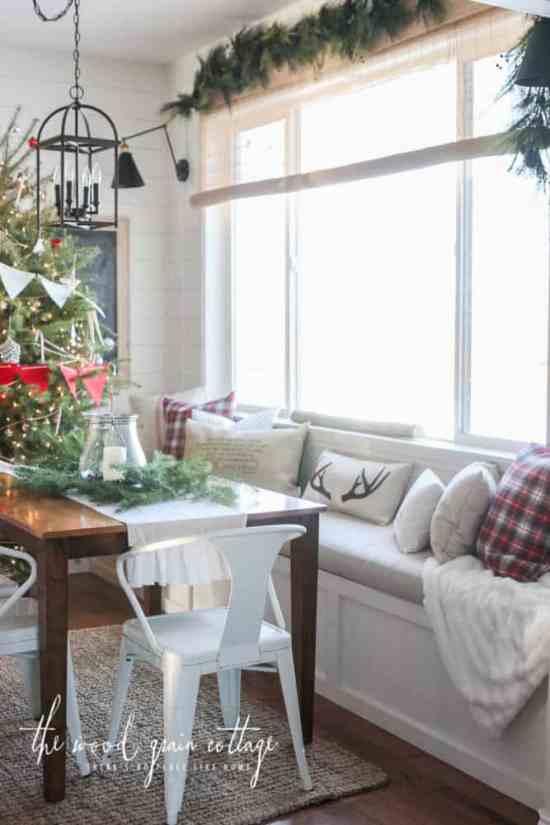 farmhouse Christmas home tours, DagmarBleasdale.com