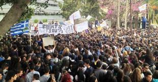protesta degli studenti a cipro