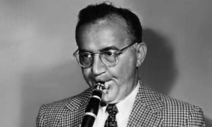 Jazz clarinet player and