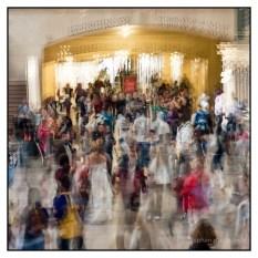 Grand Central Terminal bride - New York © Stephen D'Agostino