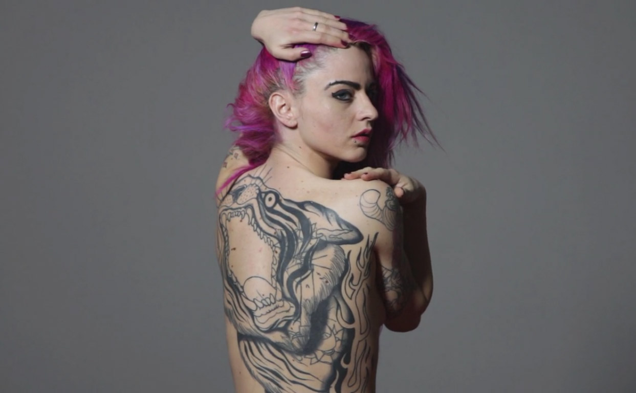 Miele Rancido Suicide Girl Backstage