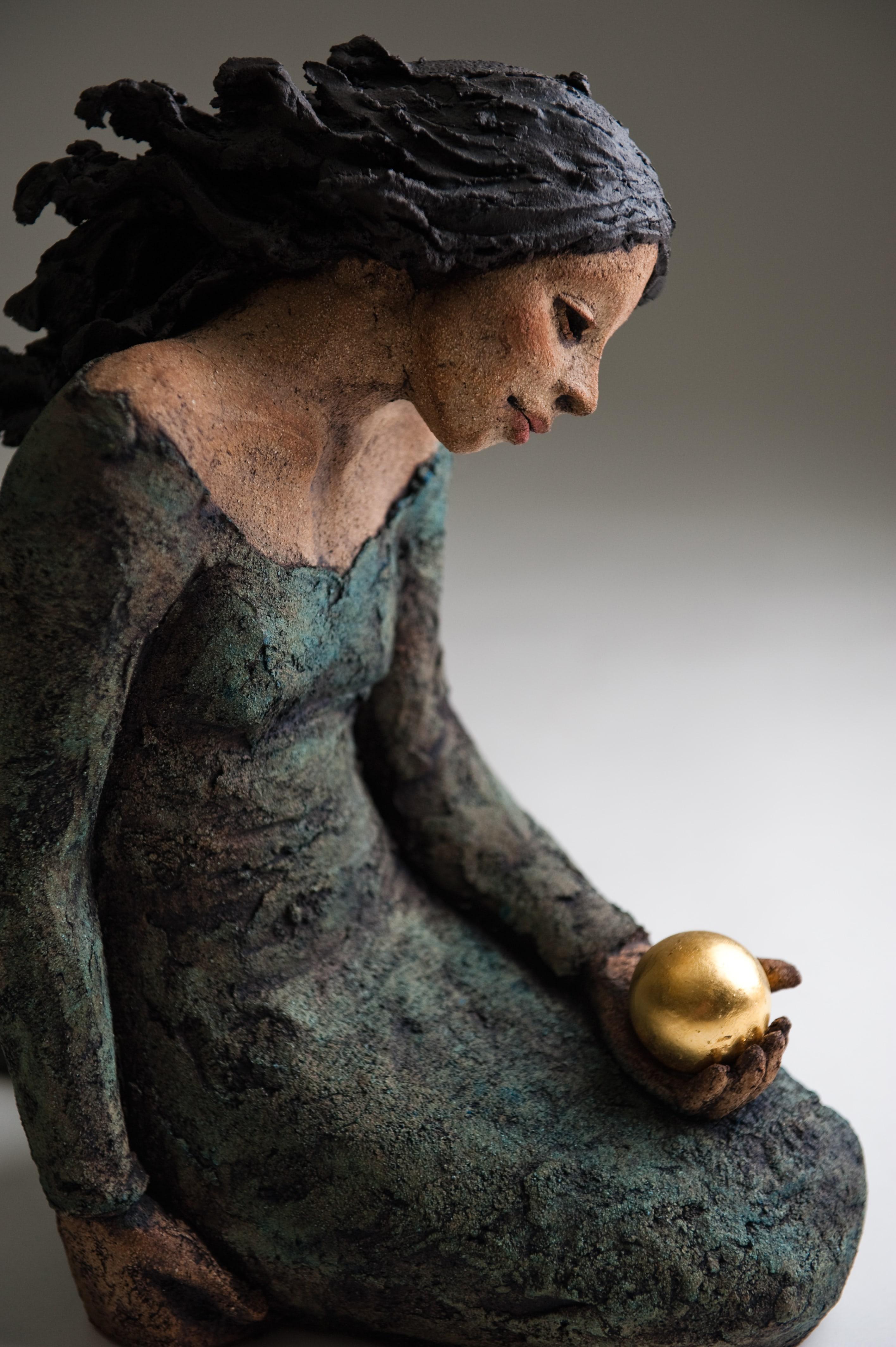 Gullperlen, keramikk, skulptur, Ingun Dahlin
