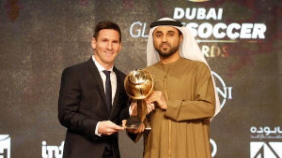 Messi wins 2015 Globe Soccer Awards - Beat Out CR7 & Buffon