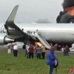 American Airlines 767 catches fire on runway at Chicago O'Hare
