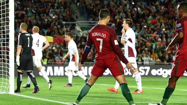 Cristiano Ronaldo Portugal vs Latvia 13/11/2016 (New European Record )