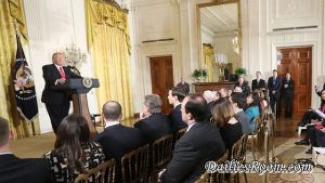 President Donald Trump promises New executive Order on immigration next week