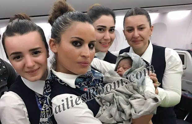Turkish Airline Flight Crew helped Passenger deliver Baby during Flight