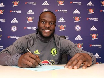 Chelsea Star; Victor Moses Signs Endorsement Deal With Opera Mini