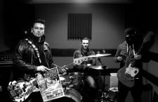 HAWAII SAMURAI – Nasty Samy (basse), Buanax (batterie), Dick Den's (guitare)