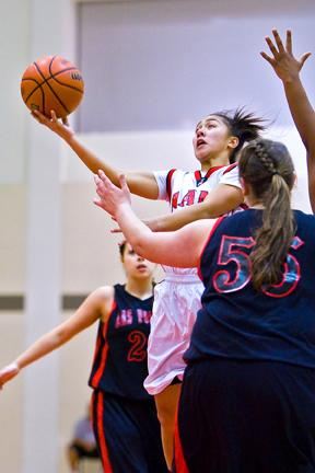 Women's hoops inks point guard for 2011-2012 – Daily 49er
