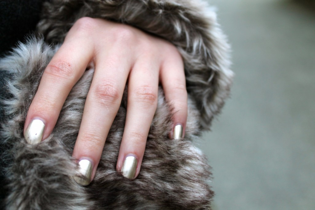 Good as gold_Essie