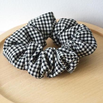 chouchou-pied-de-poule-bobines-et-confettis-2