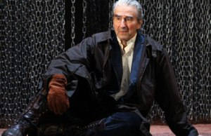 sam-waterston-as-king-lear