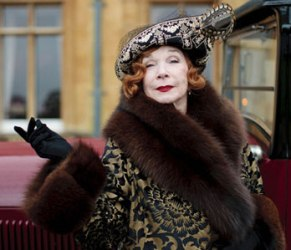 shirley-maclaine-downton-abbey