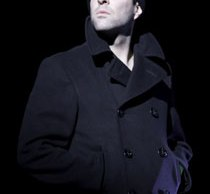 zachary-quinto-glass-menagerie