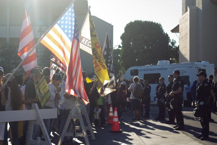 Biden displays party split near Long Beach City College ahead of Newsom event