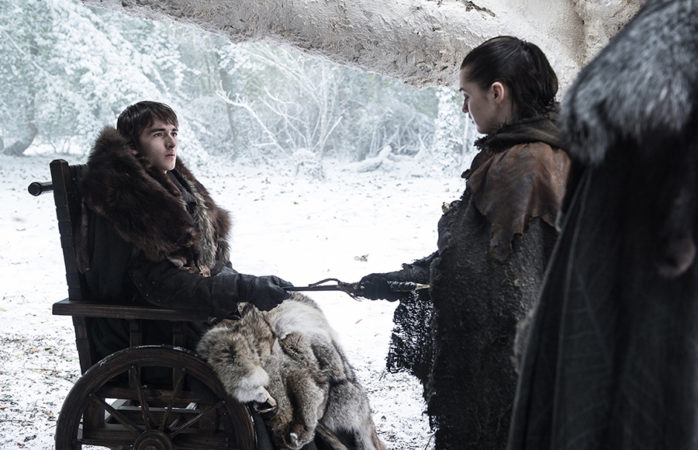 Arya hands Bran a Valerian Steel Dagger in Game of Thrones